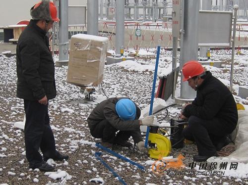 丰县公司抗击冰雪天气加快220kv孟楼变电站增容工程图片