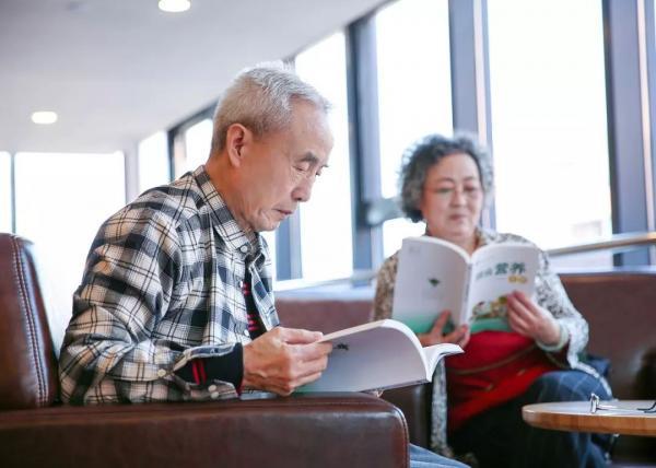 预计王大爷家今年_李大爷今年78岁了,儿女都在外地居住.